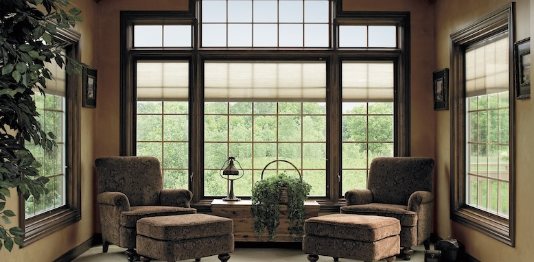 Pella fixed windows with grilles
